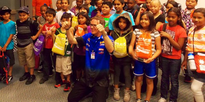 KIDS FROM HOUGHTON PARK KING ELEMENTARY SCHOOL AND L A LEADERSHIP ACADEMY WITH RANDY POBST (2)